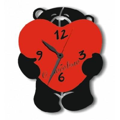 Часы из оргстекла Мишка